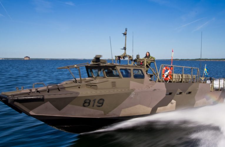 Swedish Navy Selects iXblue's Quadrans Navigation System for its High-Speed Combat Boats