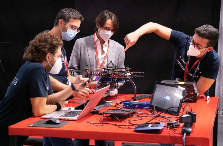 Politecnico Di Milano Wins the First Edition of the Leonardo Drone Contest