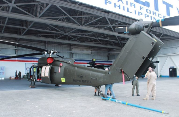 Philippines First Batch of S-70i Helicopters Arrive
