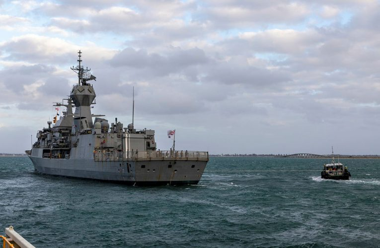 Australia Joins Indonesian Submarine Search Mission
